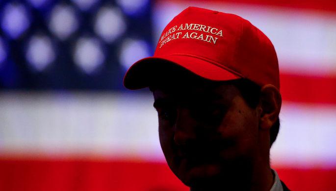 «Трамп всем говорит об августе»: зачем республиканцы заигрывают с конспирологами