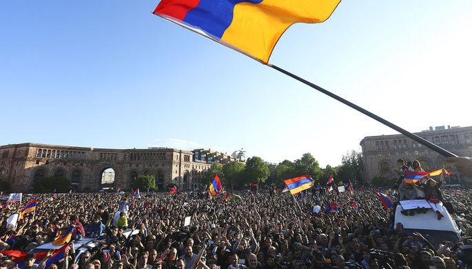 Ситуация на улицах Еревана после отставки Сержа Саргсяна, 23 апреля 2018 года