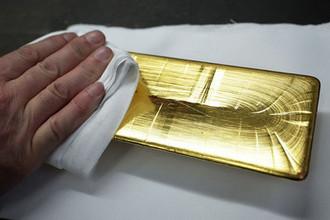 Лишнее золото: в Британии переоценили Россию
