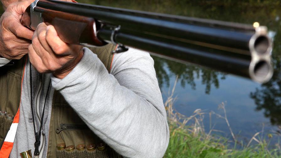 На Урале браконьер случайно убил приятеля, а после покончил с собой