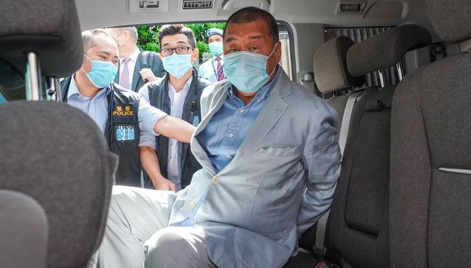 Медиамагнат Джимми Лай во время задержания