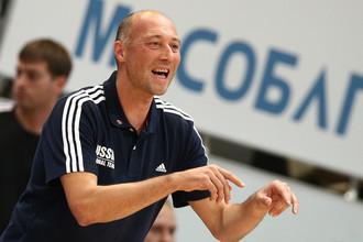 Василий Карасев уверен в своей команде