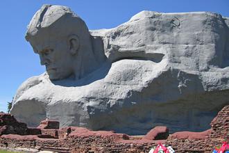 Монумент «Мужество» мемориального комплекса «Брестская крепость-герой»