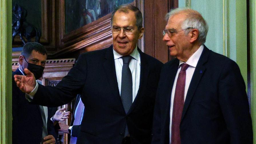 Министр иностранных дел России Сергей Лавров и верховный представитель Евросоюза Жозеп Боррель во время встречи в Москве, 5 февраля 2021 года