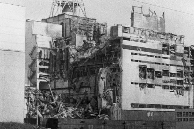 Кадр из фильма Владимира Шевченко «Чернобыль: хроника трудных недель»
