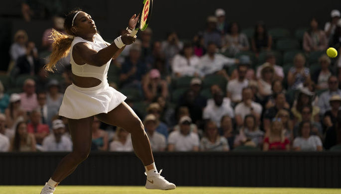 Американская теннисистка Серена Уильямс в матче Уимблдона — 2019.