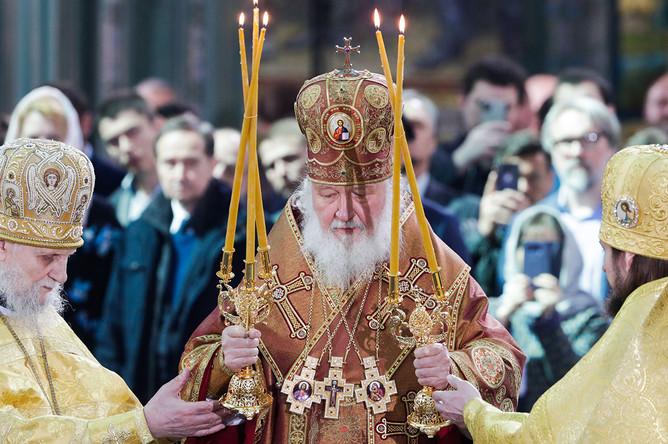Патриарх Московский и всея Руси Кирилл во время церемонии освящения собора Воскресения Христова- главного храма Вооруженных сил РФ, 14 июня 2020 года