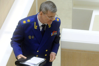 Генпрокурор Юрий Чайка хочет дать прокурорам право санкционировать продление сроков предварительного следствия