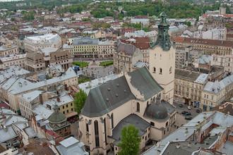 Столица западной Украины с первого взгляда кажется абсолютно европейским городом