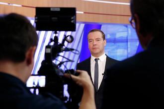 Премьер-министр России Дмитрий Медведев после интервью в телецентре «Останкино», 2014 год