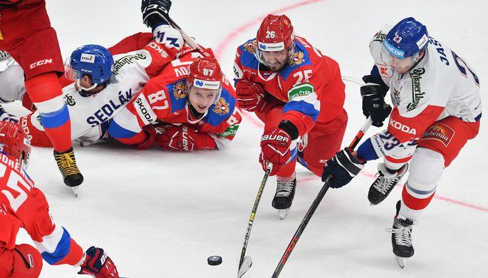 Эпизод матча между сборными России и Чехии на Кубке Первого канала