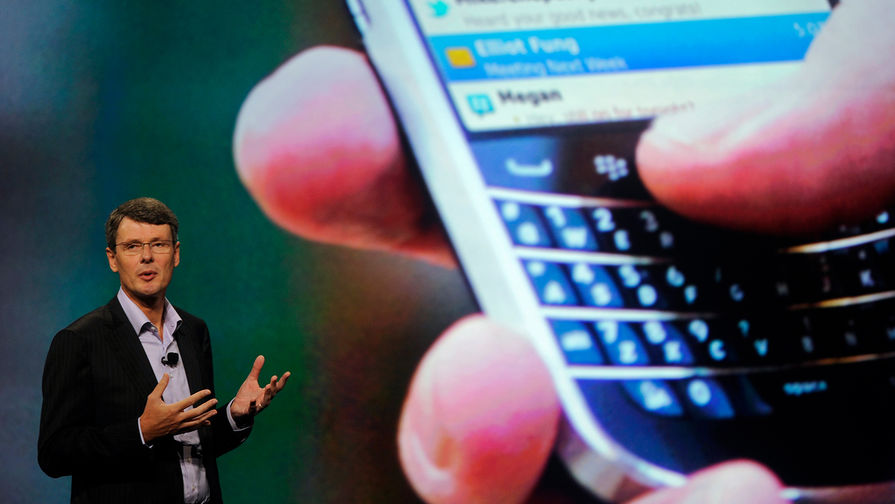Исполнительный директор RIM Торстен Хайнс презентует новый BlackBerry в 2012 году