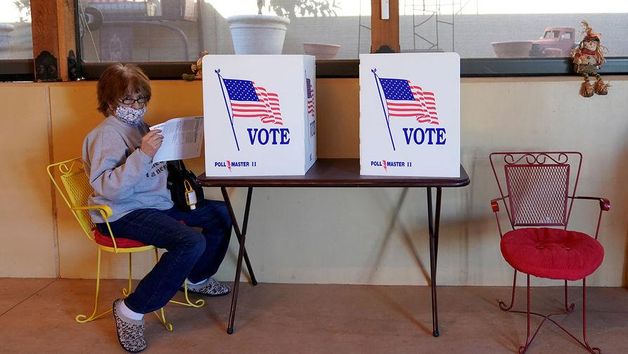 Во время голосования в городе Довер, Оклахома, 3 ноября 2020 года