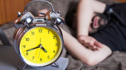 Ученые доказали, что долгий сон в выходные дни полезен для здоровья
