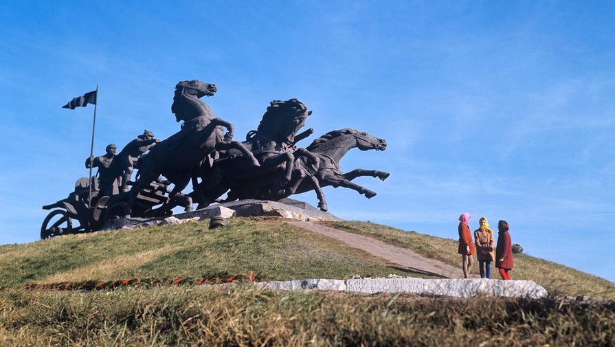 Памятник «Легендарная тачанка»