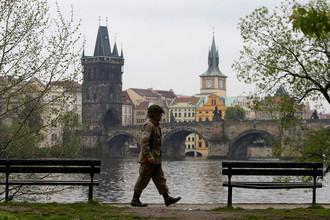 Участник военно-исторического клуба во время проведения Convoy of Liberty в Праге, 28 апреля 2017 года