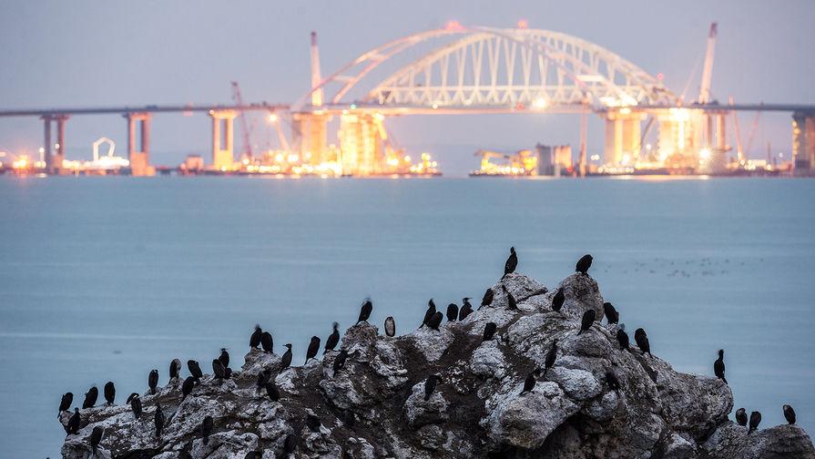 «Это маразм»: как на Украине блокируют Крымский мост