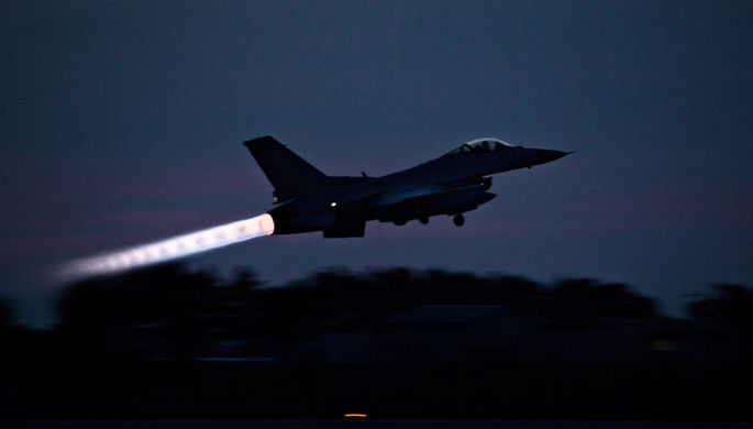 Могут принадлежать Турции: в Азербайджане нашли истребители F-16