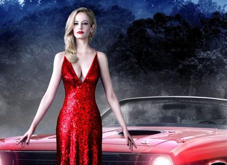 В канун Дня всех святых «Газета.Ru» вспомнила, на каких автомобилях ездили вампиры из кинофильмов