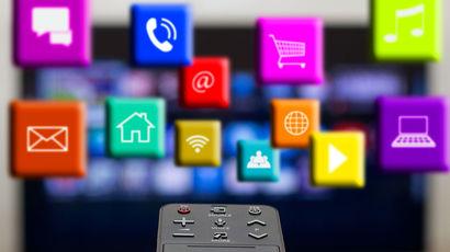 Обзор-сравнение приставки Apple TV 4 и MOYO TV