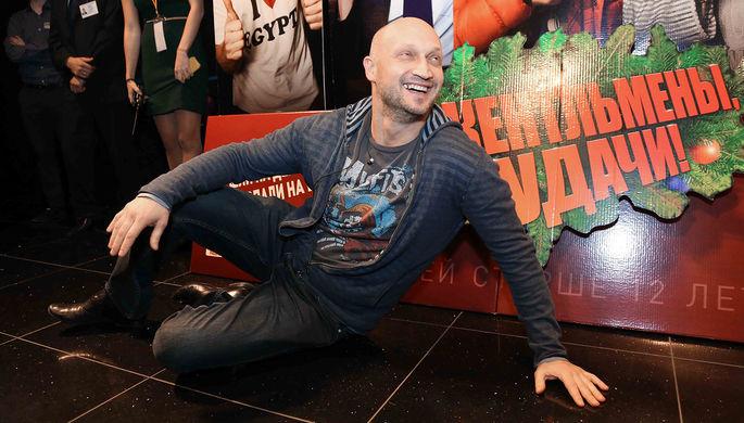Актер Гоша Куценко перед началом премьеры фильма режиссеров Александра Баранова и Дмитрия Киселева...