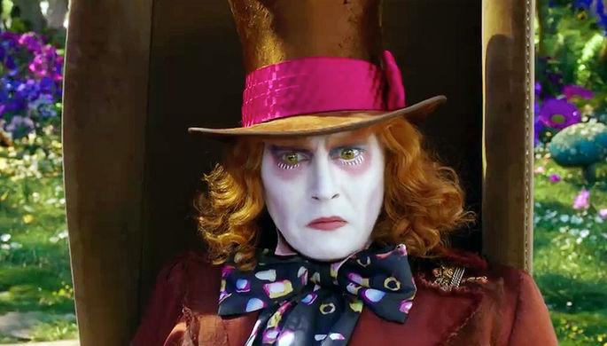 Джонни Депп в роли Безумного Шляпника. Кадр из фильма «Алиса в зазеркалье»
