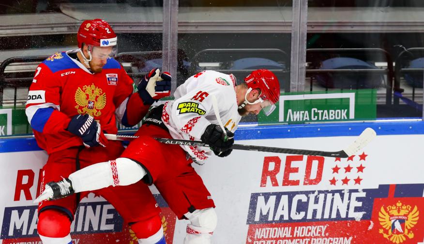Эпизод хоккейного матча Россия — Белоруссия