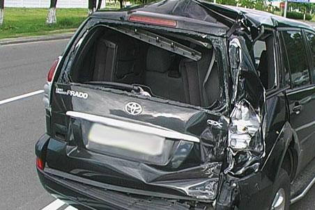 Разбитый Land Cruiser Prado
