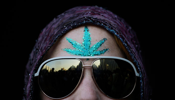 «Политическая причуда»: Мексика легализует марихуану