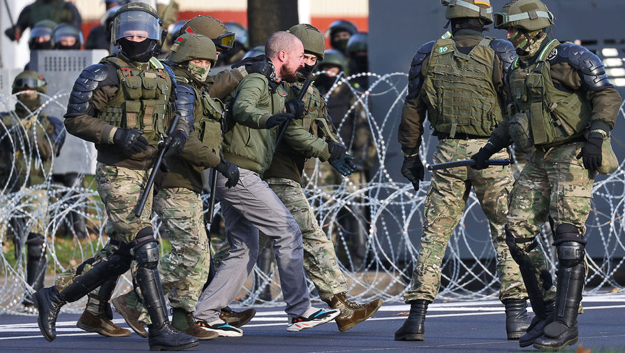 Задержание во время шествия оппозиции в Минске, 18 октября 2020 года