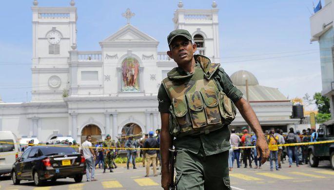 Полиция Шри-Ланки нашла 87 детонаторов на автобусной станции Коломбо
