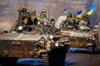 Украинские военные в районе дебальцевского котла