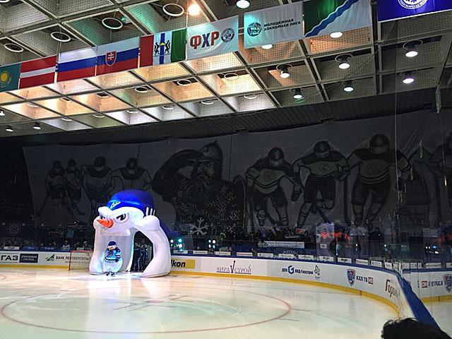 Болельщики «Сибири» вывесили самый большой баннер в истории российского хоккея