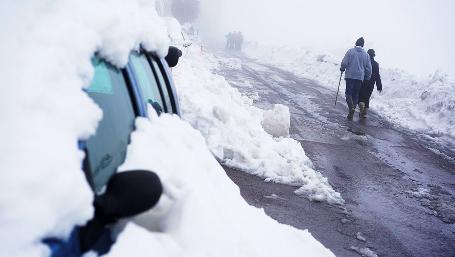 Последствия снегопада в городе Морелья, Испания, 22 января 2020