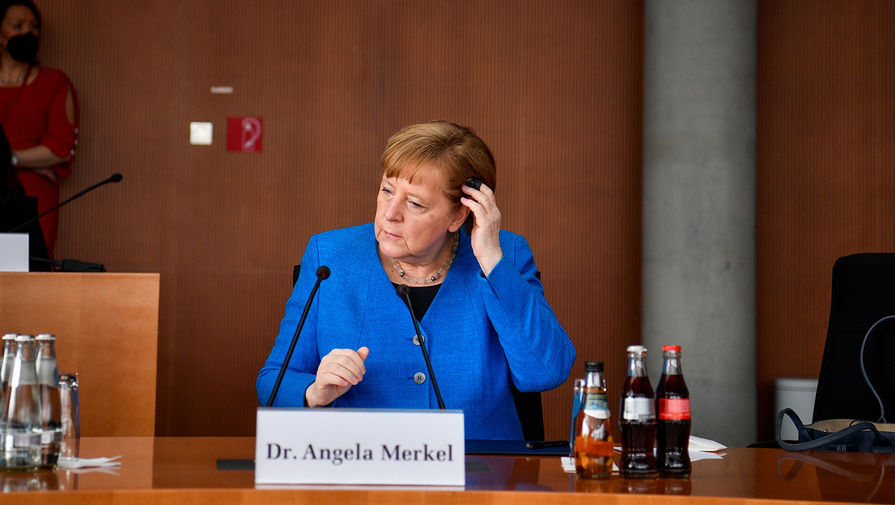 Меркель пообещала обеспечить всех граждан вакциной к осени