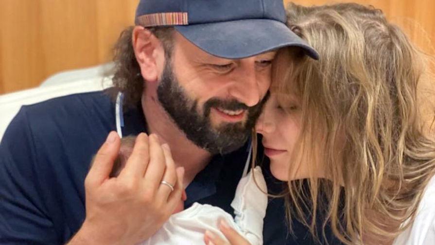 Лиза Арзамасова призналась, на что ее не хватает после рождения сына