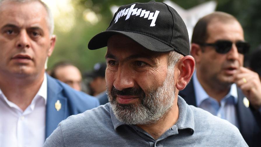 Почему Пашинян подал в отставку с поста премьера Армении