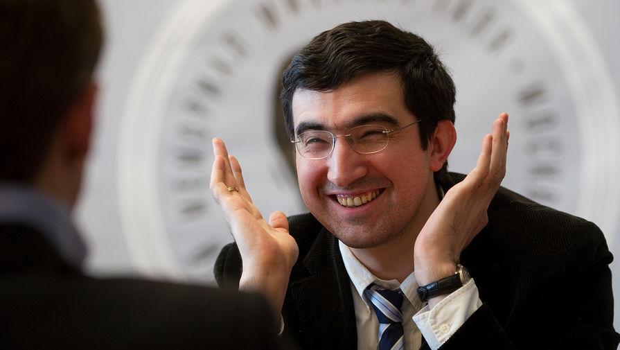 Владимир Крамник во время традиционного кругового гроссмейстерского турнира «Мемориал Таля», 2010 год