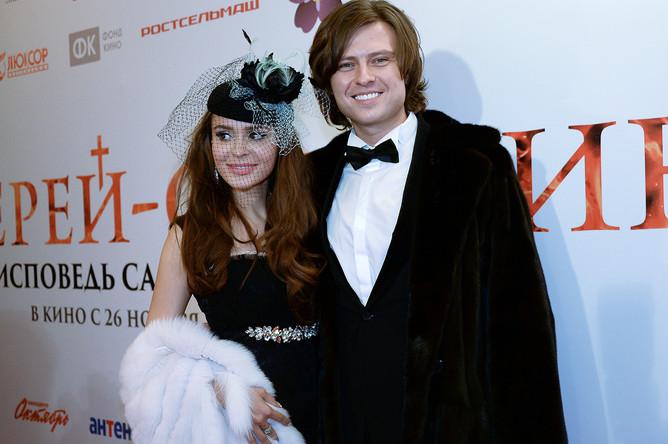 Телеведущая Анна Калашникова и певец Прохор Шаляпин на премьере фильма «Иерей-сан. Исповедь самурая» в Москве