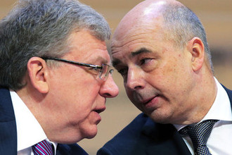 «Деньги есть, а роста нет»: Россию завели в тупик