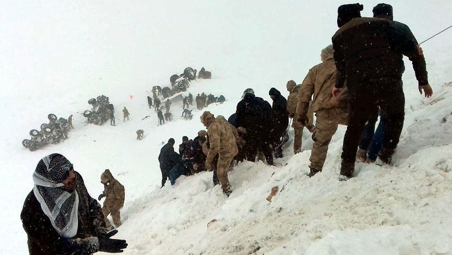 Число погибших при сходе лавины в Турции достигло 41