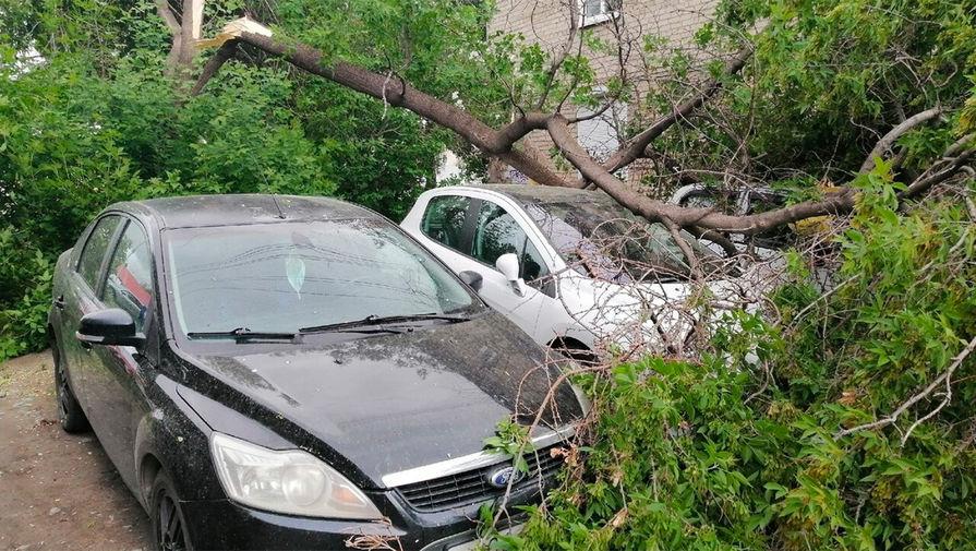 На Урале сильный ураган унес жизни троих мужчин