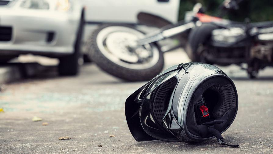 Мотоцикл сбил насмерть двух пешеходов под Ярославлем