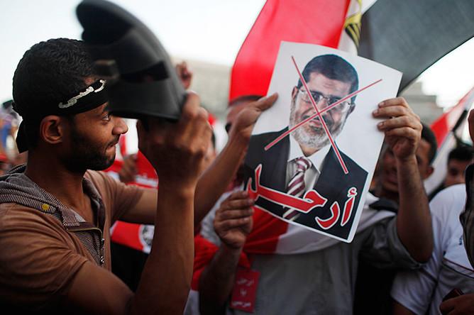 В Египте Мурси будут судить за подстрекательство к убийствам