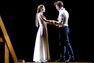 Спектакль «Коварство и любовь», поставленный Львом Додиным в питерском МДТ, получил главную «Золотую маску» за спектакль большой формы
