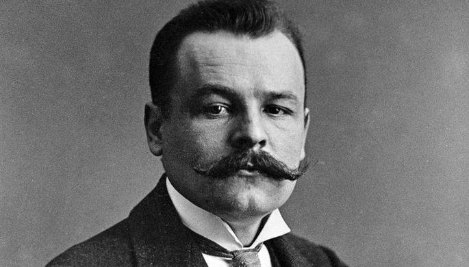 Член Государственной Думы, рабочий-слесарь Алексей Егорович Бадаев (1883 — 1951)