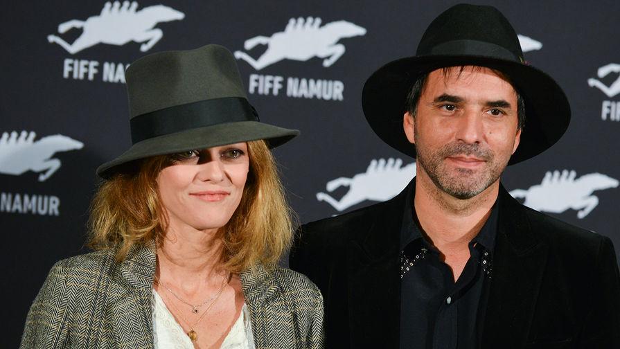 Ванесса Паради и Самюэль Беншетри
