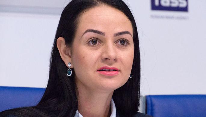 «Постоянно тиражируют фейки»: как Глацких подала в отставку