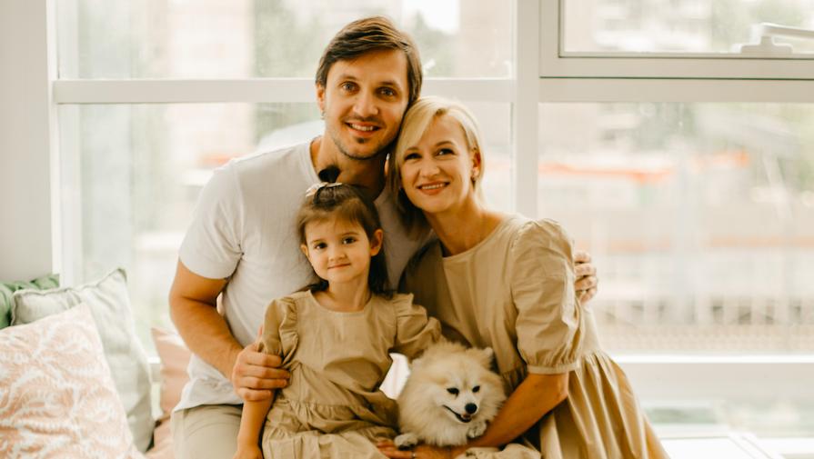 Татьяна Волосожар, Максим Траньков и их дочь Анжелика
