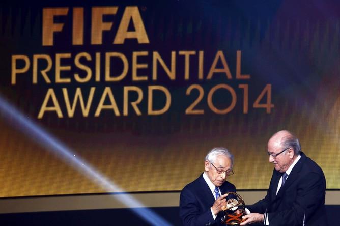 Японский журналист Кагава получил президентскую премию ФИФА